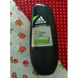 Produktbild zu adidas for women 6 in 1 Cool & Care Anti-Transpirant Deodorant Roll-On