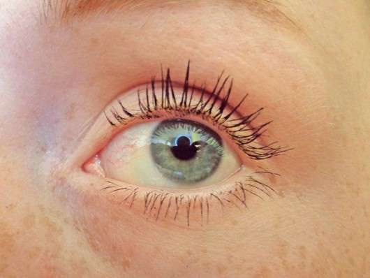 linkes Auge, getuscht