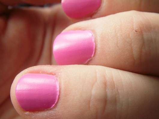essence I love trends nail polish the pastels, Farbe: 05 yummy gummy