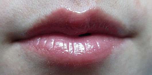 essence xxxl nude lipgloss, Farbe: 03 taste the sweets