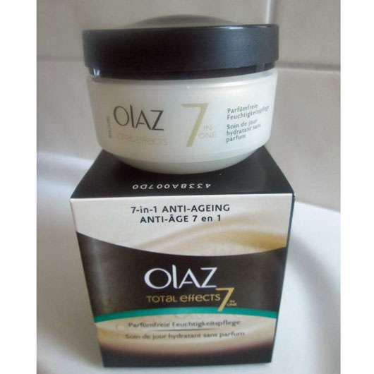 <strong>Olaz Total Effects</strong> Anti-Ageing Feuchtigkeitsspendende Tagespflege Parfümfrei
