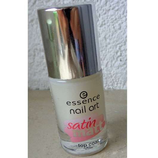 essence nail art satin matt top coat – Farbe: 26 matt about you!