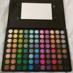 Produktbild zu bh cosmetics 88 Color Palette Matte Eyeshadow