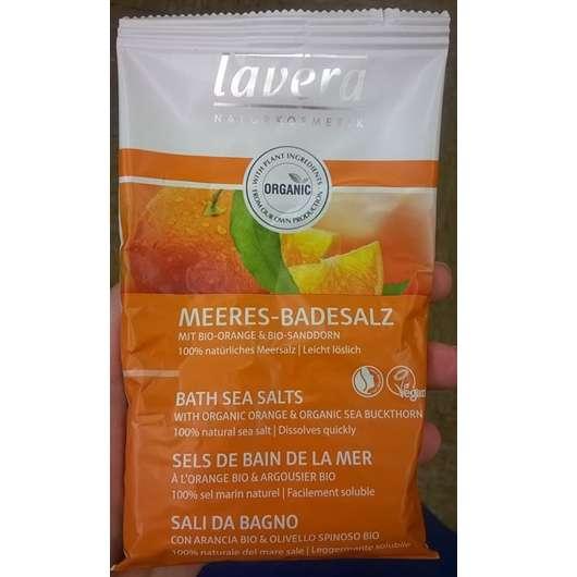 <strong>lavera Naturkosmetik</strong> Meeres-Badesalz mit Bio-Orange & Bio-Sanddorn