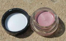 Produktbild zu Maybelline New York Eyestudio Color Tattoo 24HR Gel-Cream Eyeshadow – Farbe: 65 Pink Gold