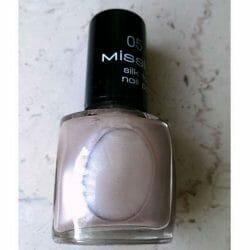 Produktbild zu Misslyn silk touch nail polish – Farbe: 05 attitude