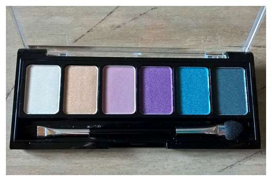 "uma cosmetics ""Why not, Wild hot!"" Exotic Colour Eyeshadow Palette (LE)"