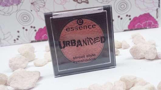 essence urbaniced street style eyeshadow, Farbe: 02 the happy direction (LE)