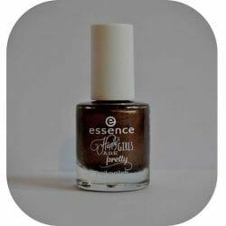 Produktbild zu essence happy girls are pretty nail polish – Farbe: 06 the choco side of life (LE)