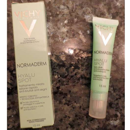 <strong>VICHY NORMADERM</strong> Hyaluspot