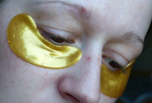 Baviphat Crystal Collagen Gold Powder Eye Mask