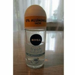 Produktbild zu NIVEA fresh natural 48h Deodorant Roll-On
