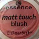 "essence matt touch blush, Farbe ""20 berry me up!"""