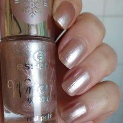 Produktbild zu essence winter? wonderful! nail polish – Farbe: 04 the crystallized (LE)