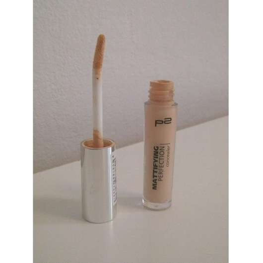 p2 mattifying perfection concealer, Farbe: 015 perfect nude