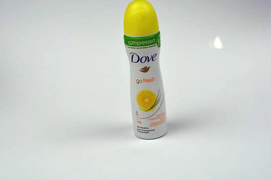 Dove go fresh compressed Deo-Spray Grapefruit- und Zitronengrasduft