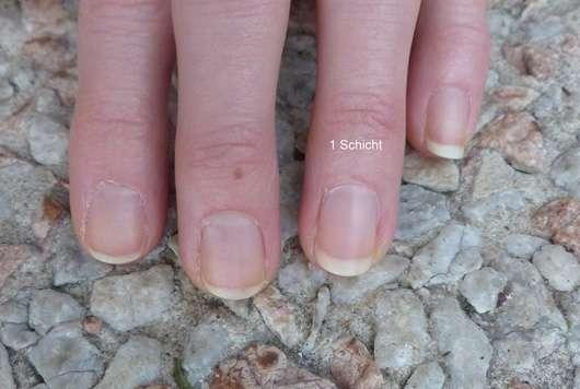 essence no make up look nail polish 01 powdery rose
