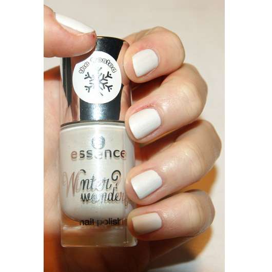 essence winter? wonderful! nail polish, Farbe: 01 the frosted (LE)