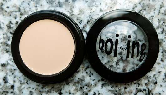 benefit boi-ing industrial-strength concealer, Farbe: 01