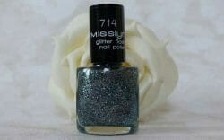 Produktbild zu Misslyn glitter flash nail polish – Farbe: 714 stay with me (LE)