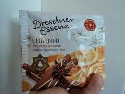 Produktbild zu Dresdner Essenz Winterbad Zimt, Nelken und Orange (LE)