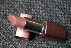Produktbild zu Terra Naturi Naturkosmetik Lippenstift – Farbe: 04 soft brown