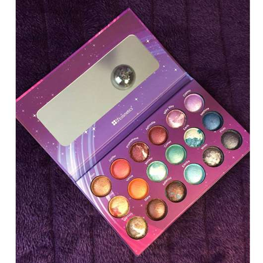 <strong>bh cosmetics</strong> Galaxy Chic Baked Eyeshadow Palette