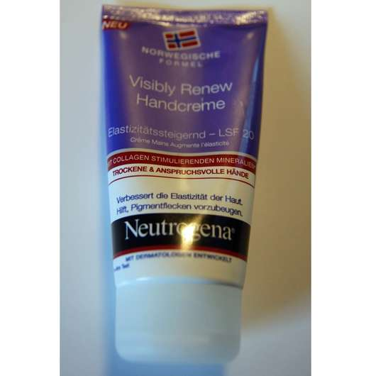 <strong>Neutrogena</strong> Visibly Renew Handcreme