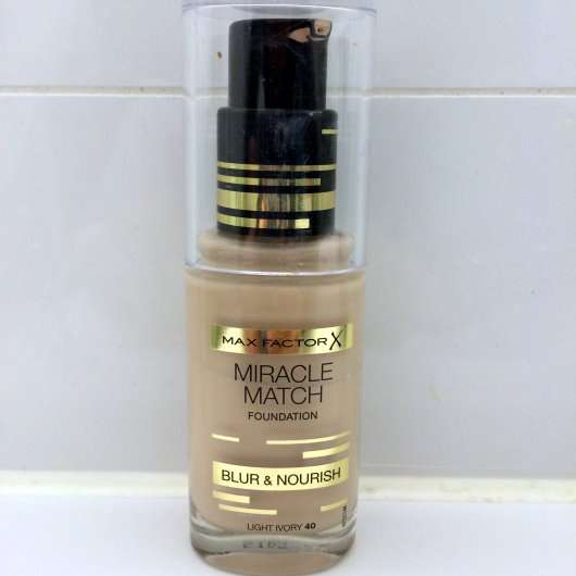 Max Factor Miracle Match Foundation, Farbe: 40 Light Ivory