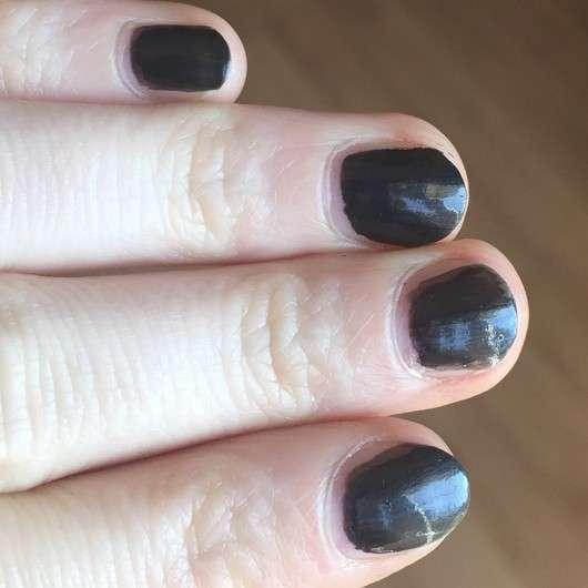 essence I love trends nail polish the darks, Farbe: 20 turn on the black