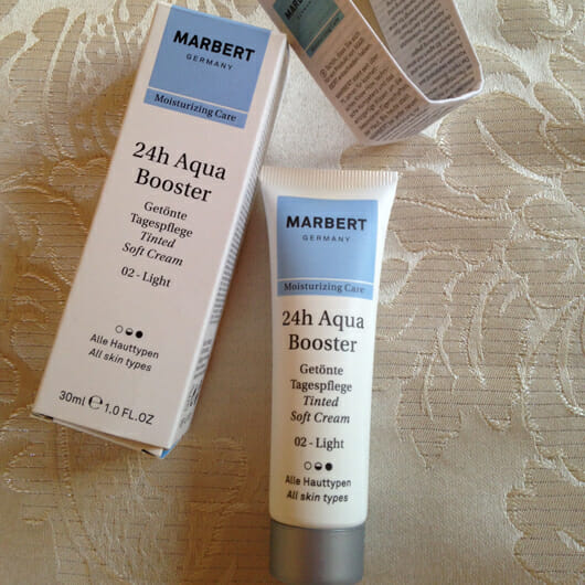 <strong>MARBERT</strong> 24h AquaBooster Getönte Tagespflege - Farbe: 02 light