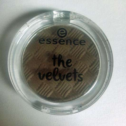 essence the velvets eyeshadow, Farbe: 06 Mr. mocca-bean