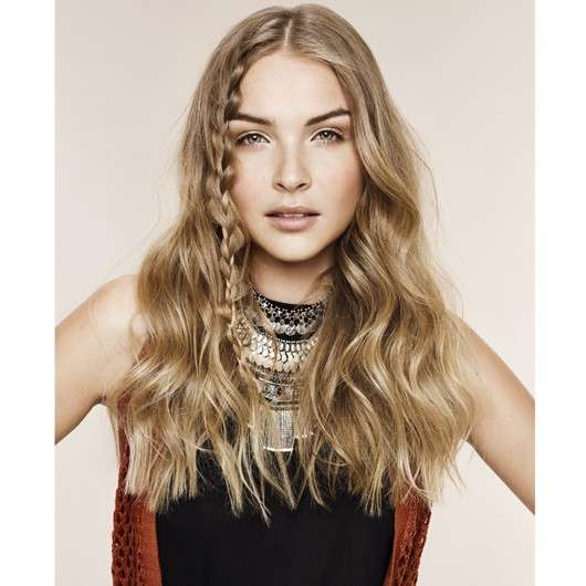 Aussie: Vier Festival-Looks styled by Ben Cooke