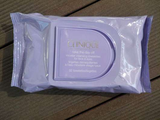 <strong>Clinique</strong> take the day off micellar cleansing towelettes for face & eyes