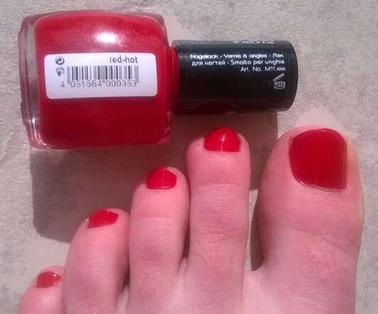 Misslyn nail polish, Farbe: 165 red hot