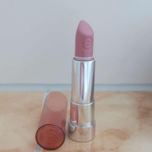 essence sheer & shine lipstick, Farbe: 02 cute nude