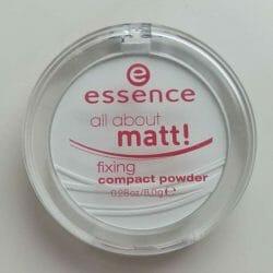 Produktbild zu essence all about matt! fixing compact powder