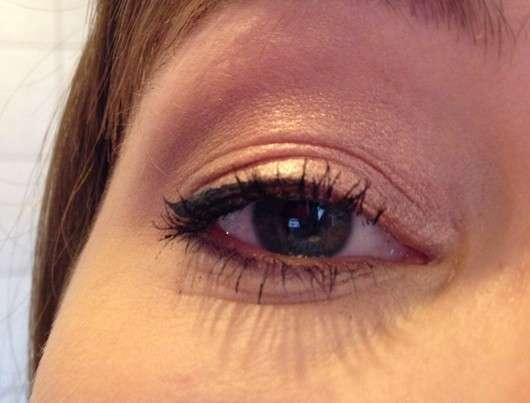 essence 2 in 1 eyeshadow & liner, Farbe: 02 peach perfect