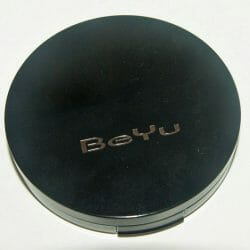 Produktbild zu BeYu 2in1 Compact Powder Foundation – Farbe: 5 Soft Porcelain (LE)