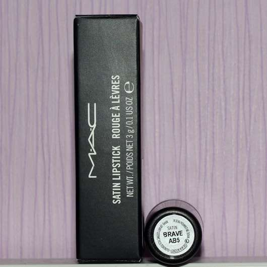 <strong>M·A·C</strong> Lipstick – Farbe: Brave (Satin-Finish)