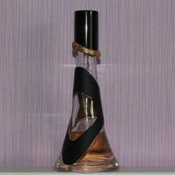 Produktbild zu Rihanna Reb'l fleur Eau de Parfum Spray
