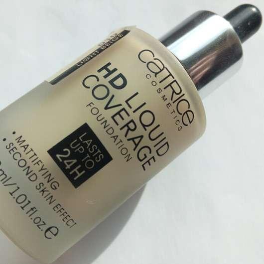 catrice-hd-liquid-coverage-foundation-farbe-010-light-beige-lu-5