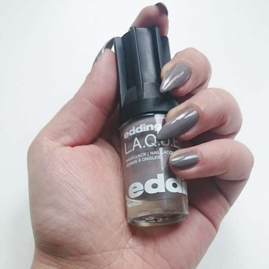 <strong>edding L.A.Q.U.E.</strong> Nail Lacquer - Farbe: 194 greedy grey
