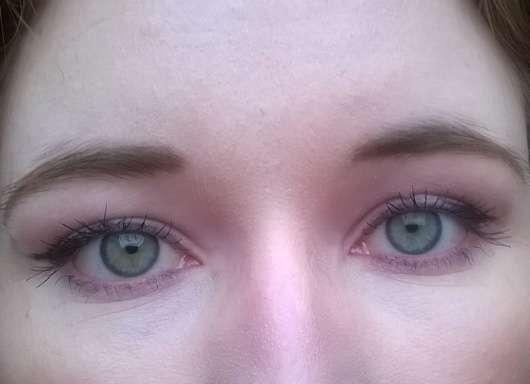 essence rock'n'doll duo stylist eyeliner pen, Farbe: black auf dem oberen Lid