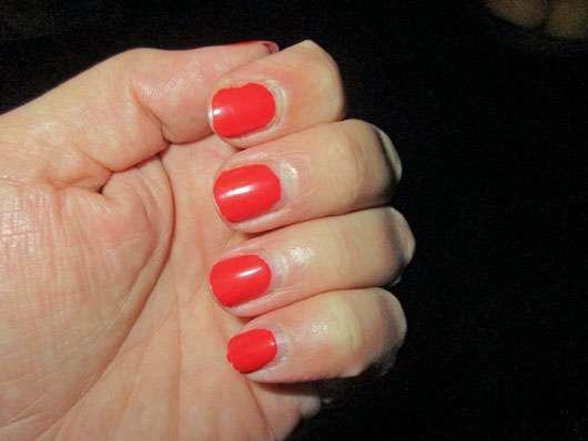 ARTDECO 2Step Gel Lacquer Color Base, Farbe: 213 Ibiza Sunset - auf den Nägeln