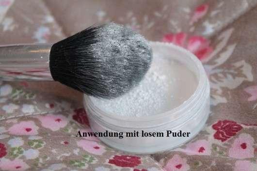 Loser Puder mit Douglas Make-up Tapered Blending Shadow Brush