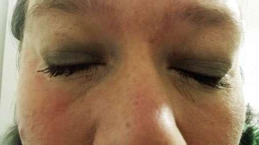 Max Factor False Lash Epic Mascara, Farbe: Black - Mascara auf geschlossenen Augen