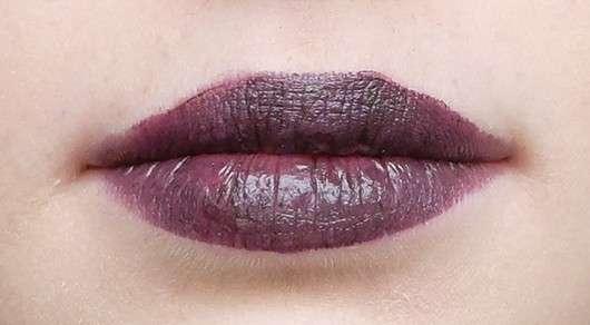 Lippen mit p2 mystic whisper lost innocence lipstick, Farbe: 020 poisoned grape (LE)