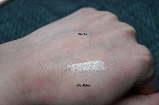 p2 perfect brow fixing + highlighting pen, Farbe: 010 take two - Swatch beider Produkte