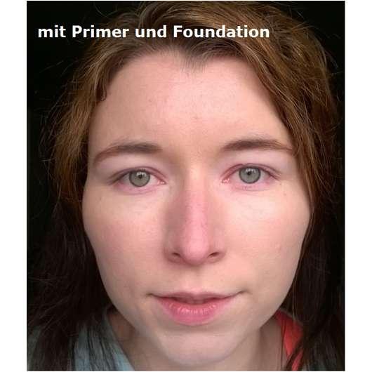 Gesicht mit Smashbox Photo Finish Foundation Primer und Foundation